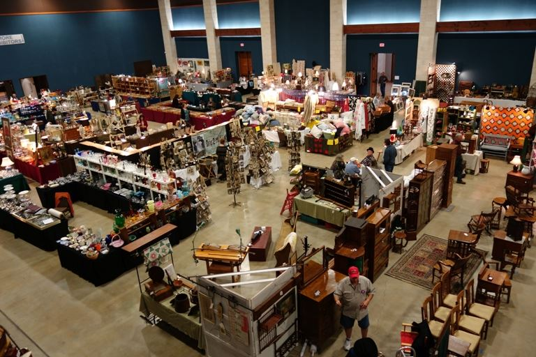 Exhibit Hall Antique Show